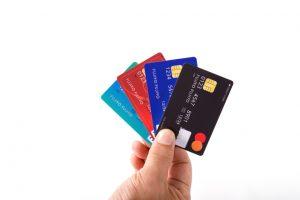 クレジットカードはタクシーで利用できる?
