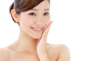 美容費とは?女性が化粧品に使う1ヶ月の費用は?美容代の内訳や平均金額